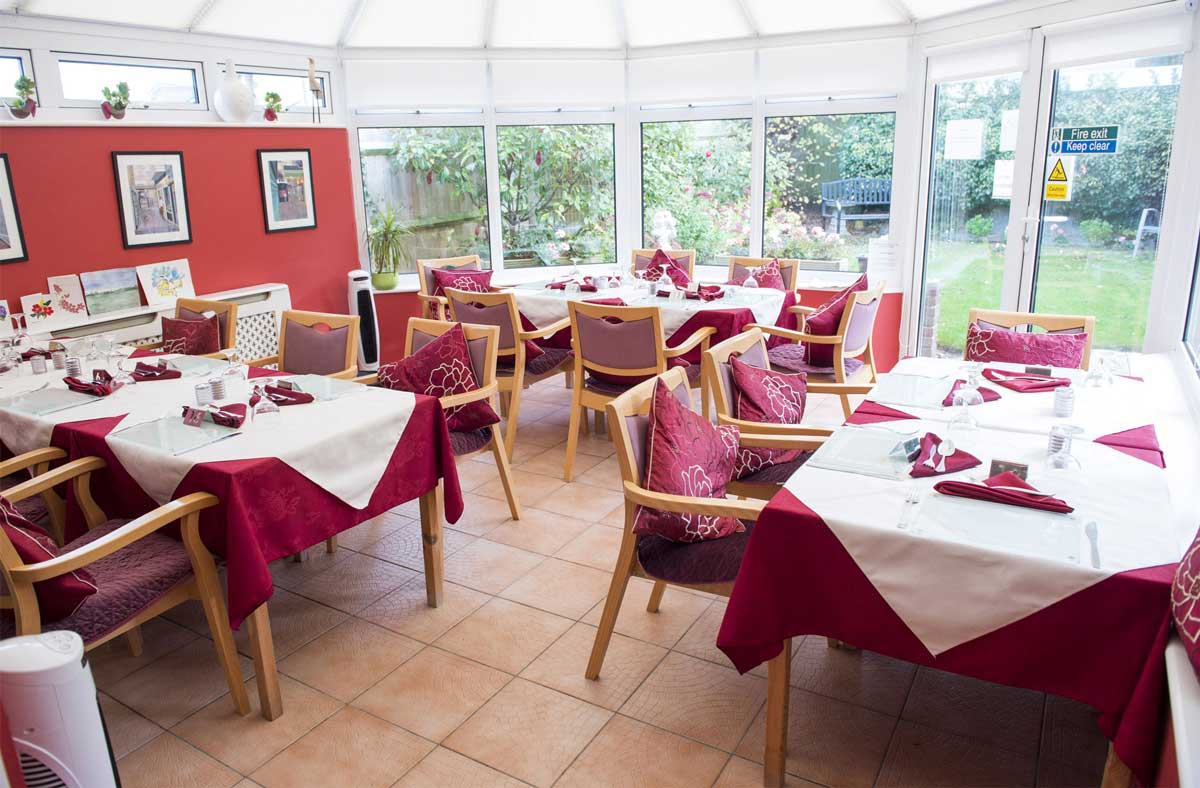 Place Farm House residential care home dining room